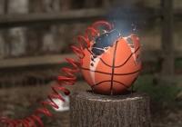 농구공에 바람을 너무 많이 넣으면.gif