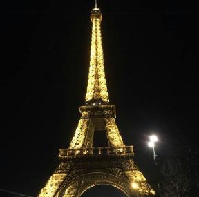 직접찍은 에펠탑 야경사진입니다~