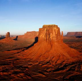 사막에도 겨울이오나봅니다.