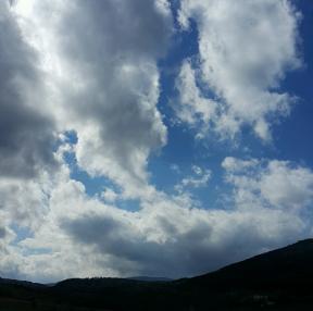 푸른하늘이 끝내주네요