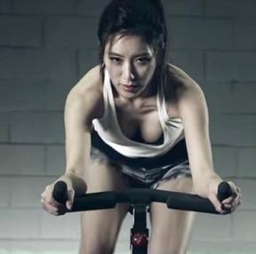 운동하는 여자는 언제나 옳다
