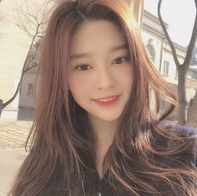 김민주 셀카 BEST 1